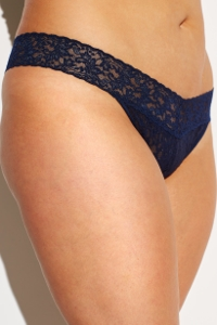 Hanky Panky Navy Plus Size Signature Lace Original Rise Thong One Size Fits All